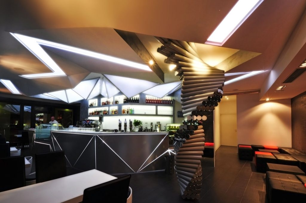 Serenay bar arredamento per interni a venezia for Arredamento mestre